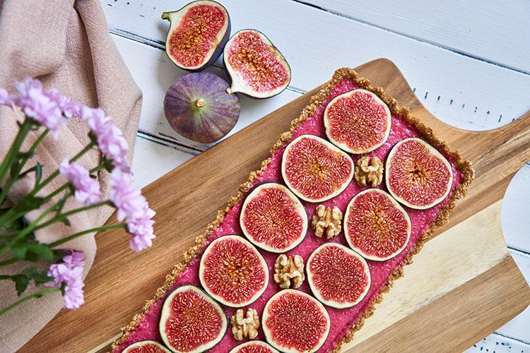 Fein, frisch, fruchtig – Roh-vegane No-Bake-Tarte mit Feigen Yasemin Wüstenhagen Fräulein Schulterfrei