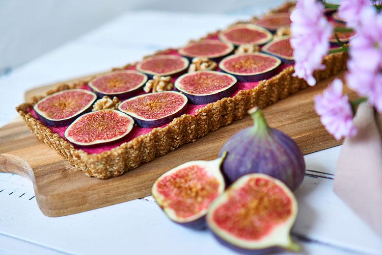 Yasemin Wüstenhagen Fein, frisch, fruchtig – Roh-vegane No-Bake-Tarte mit Feigen