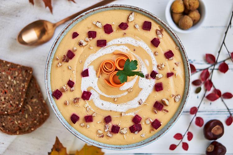 Vegane Maronensuppe – super cremig und einfach in der Zubereitung! Yasemin Wüstenhagen Fräulein Schulterfrei