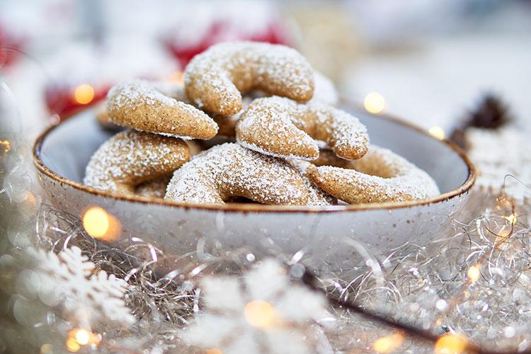 Vegane Vanillekipferl – ohne Zucker und Gluten Yasemin Wüstenhagen Karantine