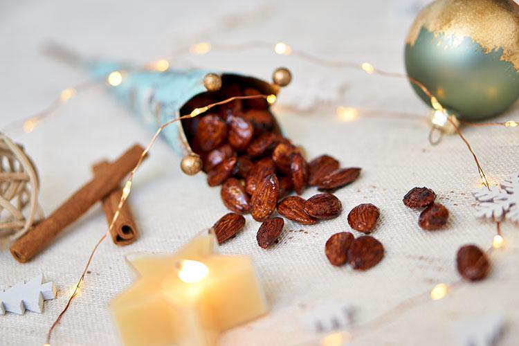 Gebrannte Mandeln mit Kokosblütenzucker ohne raffinierten Zucker Yasemin Wüstenhagen