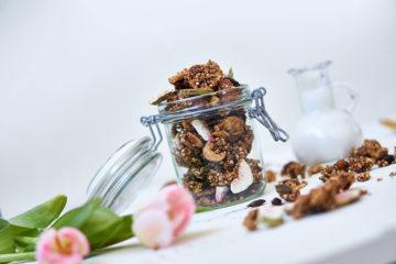 Glutenfreies Chai-Granola ohne Öl Yasemin Wüstenhagen
