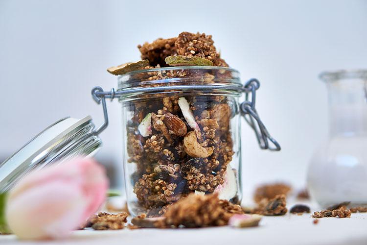 Glutenfreies Chai-Granola ohne Öl Yasemin Wüstenhagen Karantine