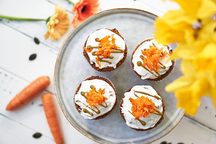 Carrot Cake Muffins mit Frischkäse-Topping Yasemin Wüstenhagen glutenfrei