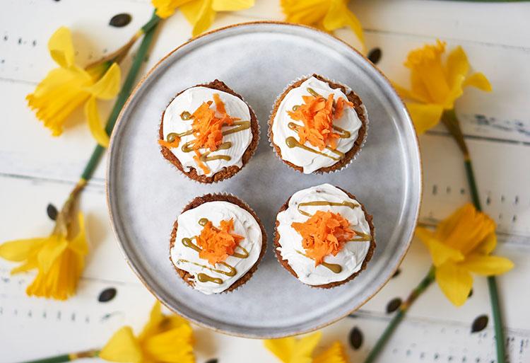 Carrot Cake Muffins mit Frischkäse-Topping Yasemin Wüstenhagen Karottenmuffins