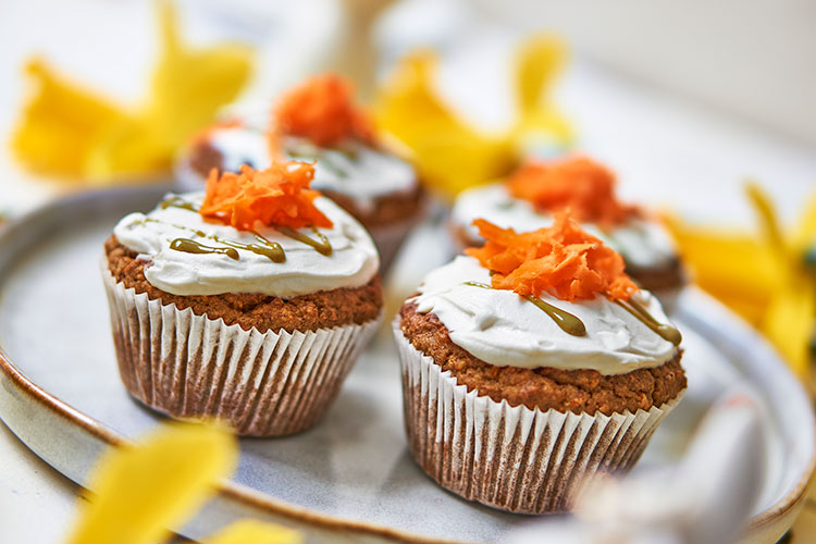 Carrot Cake Muffins mit Frischkäse-Topping Yasemin Wüstenhagen