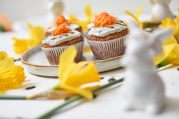 vegan Carrot Cake Muffins mit Frischkäse-Topping Yasemin Wüstenhagen