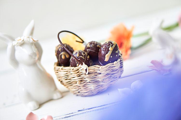 Vegane Nougat-Eier ohne Zucker Yasemin Wüstenhagen Ostern