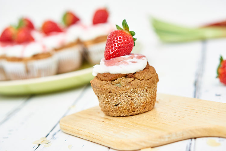 Vegane Rhabarbermuffins ohne Zucker Yasemin Wüstenhagen Rezept