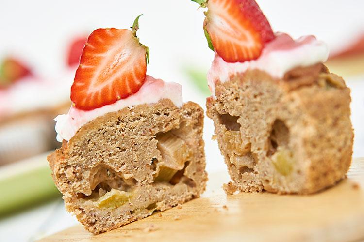 Vegane Rhabarbermuffins ohne Zucker Yasemin Wüstenhagen lecker