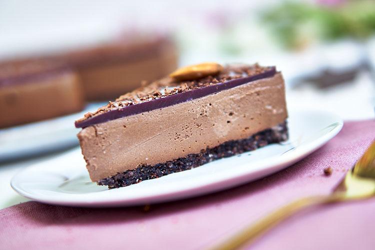 Chocolate Raw Cake ohne Zucker Yasemin Wüstenhagen Rezept