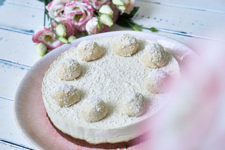 Roh-vegane Rafaello-Torte Yasemin Wüstenhagen glutenfrei
