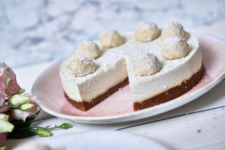Roh-vegane Rafaello-Torte Yasemin Wüstenhagen zuckerfrei
