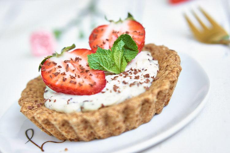 Zuckerfreie Erdbeertörtchen Yasemin Wüstenhagen