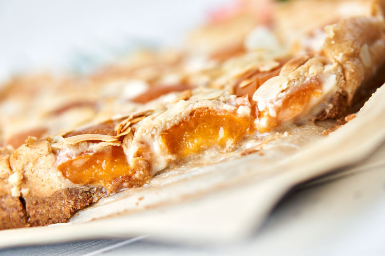 Veganer Käsekuchen mit Aprikosen Yasemin Wüstenhagen zuckerfrei