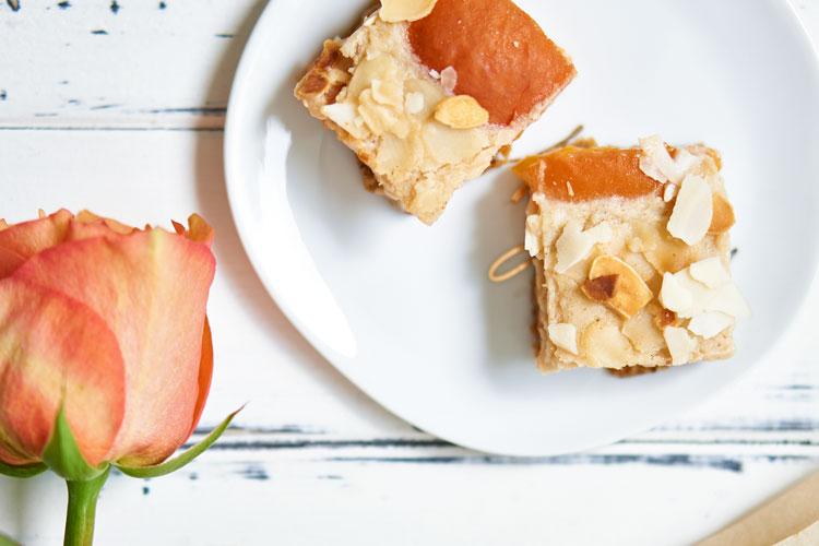 Veganer Käsekuchen mit Aprikosen Yasemin Wüstenhagen lecker