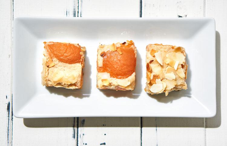 Veganer Käsekuchen mit Aprikosen Yasemin Wüstenhagen mit Kichererbsen