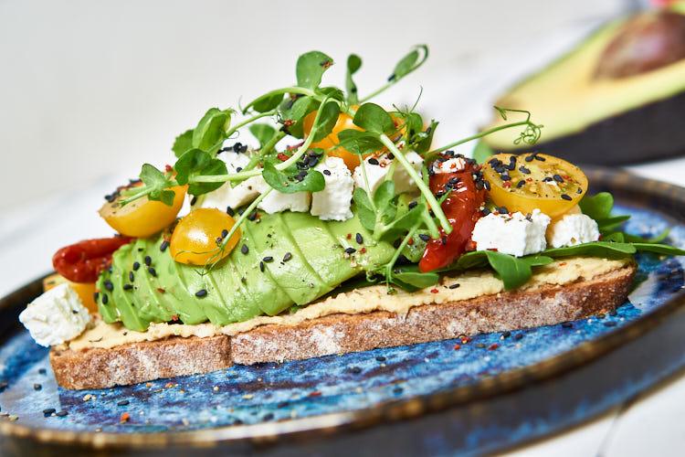 DAS BESTE Avocado-Brot Yasemin Wüstenhagen gesund