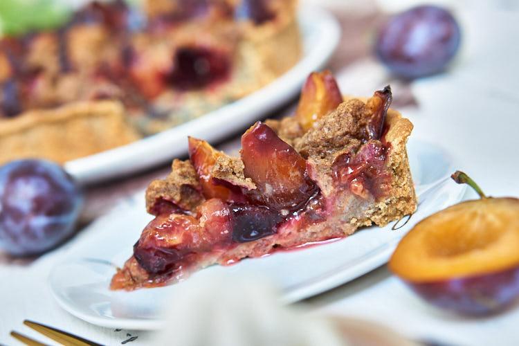 Veganer Zwetschgenkuchen ohne Zucker und Gluten Yasemin Wüstenhagen lecker